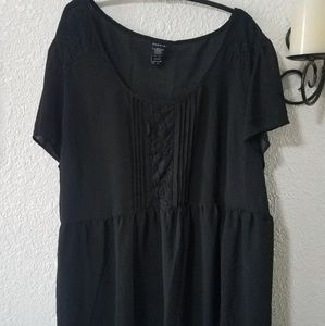 Torrid sheer black hi/low blouse